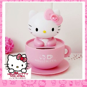 HelloKitty Solar Energy Cute Decoration (Head shaking)